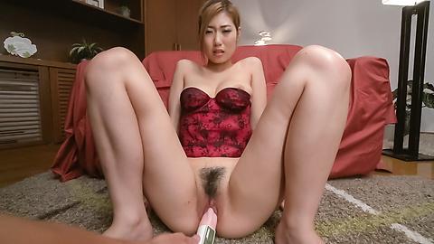 Young Kanako Kimura mencoba bg dildo Jepang di cam
