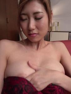 Kanako Kimura - Young Kanako Kimura tries Japanese bg dildo on cam - Screenshot 12