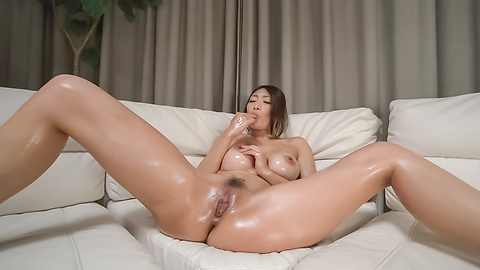 Busty woman amazes with a double Japanese blowjob