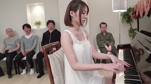 Narumi Ayase - Japan blowjob in group scenes for Narumi Ayase - Picture 2