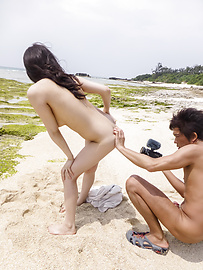 Kyouko Maki - Stacked MILF Kyouko Maki gets a japanese creampie outdoors - Picture 10