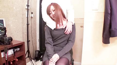 Nana Kawase - หวาน นานา คาวาเสะ rubs กิจกรรมทางเพศและดูดของวู้ดดี้ -  2 รูปภาพ
