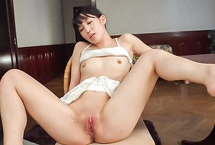 Sweet play with toys on babe's shaved pussy