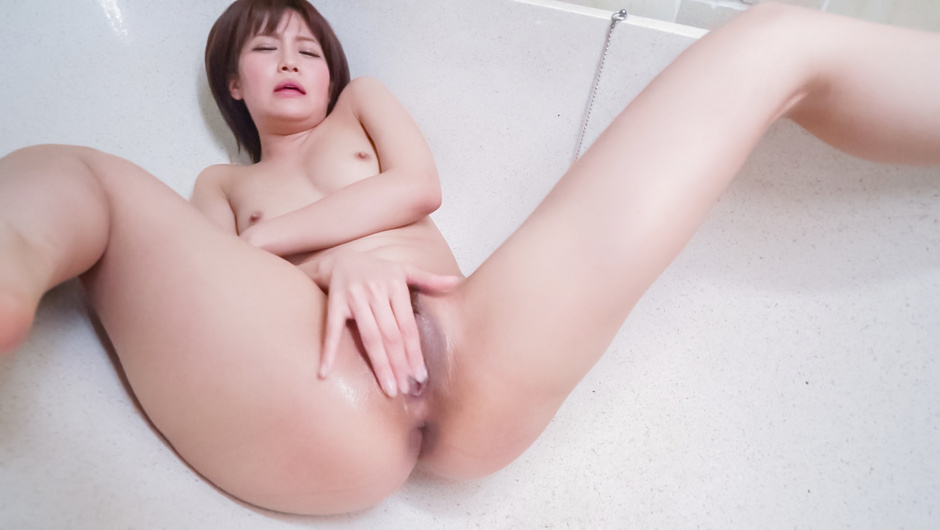 Amateur Asian solo with insolent Saya Tachibana
