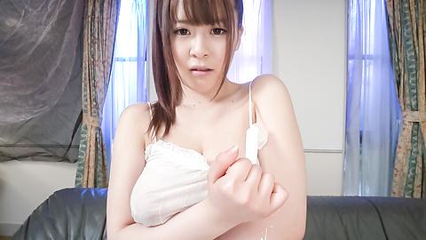永瀬里美 - 生ハメ爆乳モデル昇天オナニー 永瀬里美 - Picture 1