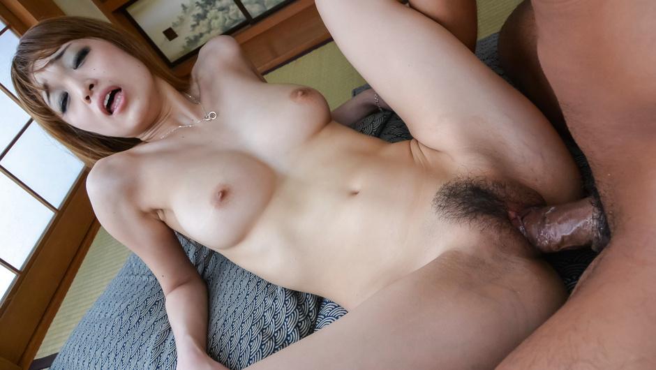 Bad Boyヘンリー塚本野菜でオナニーするほど欲求不満な熟女母が無理矢理セックスに感じまくるMimi Miyagi村上市