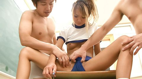 Chihiro Kobayashi - Sweet Japanese young girl is having fun. - Picture 9
