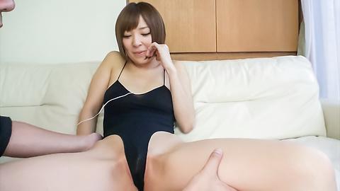 Hikaru Shiina - 钩住了凸轮的宇多田光椎名日本业余色情表演 - 图片 4