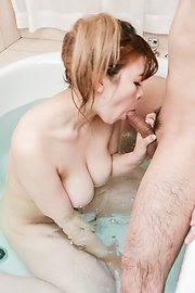 Suzuna Komiya - Hottie pleases with ASian blow job in the tub  - Picture 8