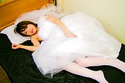 Nasty newly-wed Asian babe gagging two hard shafts and screwed Photo 2