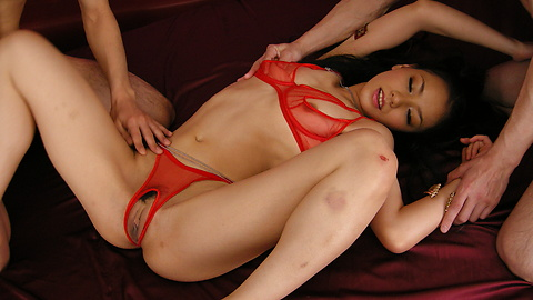 Kaede - Kaedes asshole gets treated like a pussy in anal and DP - Picture 4