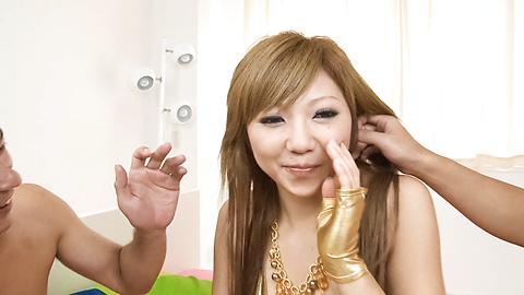 Hazuki Rui - ฮาซุกิ Rui สูบในมัน แล้วกรีด -  2 รูปภาพ