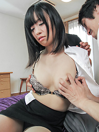 Yui Kyouno - Yui Kyouno loves a bit of asian anal sex - Picture 3