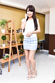 Natsuki Hasegawa - Japanese blow job and oral withNatsuki Hasegawa - Picture 1