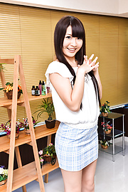 Natsuki Hasegawa - Japanese blow job and oral withNatsuki Hasegawa - Picture 3