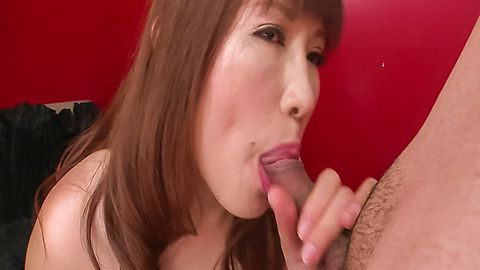 Reiko Shimura gives a japanese blowjob and swallows cum