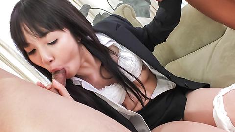 Kotomi Asakura - Sleazy Kotomi Asakura in full Japan blowjob porn scene - Picture 4