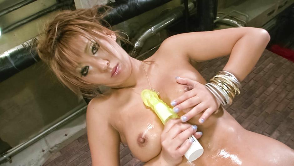 Asian hottie in a skimpy bikini toy fuck her wet pussy