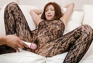 Asian squirting scene with appealing modelTsubasa Aihara
