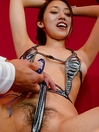 An Yabuki - An Yabuki gives a japanese blowjob to two guys while in bondage - Picture 5
