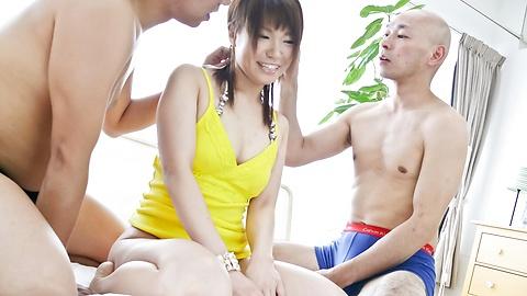 Kana Mimura - คานะ มิมูระ ได้คู่ penetrated โดยนิ้วและ . -  9 รูปภาพ