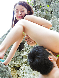 Kaede Niiyama - Outdoor porn scenes with Japanese milfKaede Niiyama - Picture 11