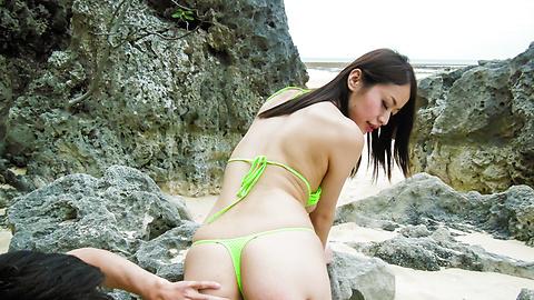 Kaede Niiyama - Outdoor porn scenes with Japanese milfKaede Niiyama - Picture 6