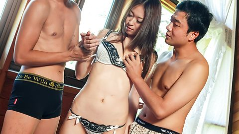 Risa Misaki provides steamy Asian blowjob in threesome