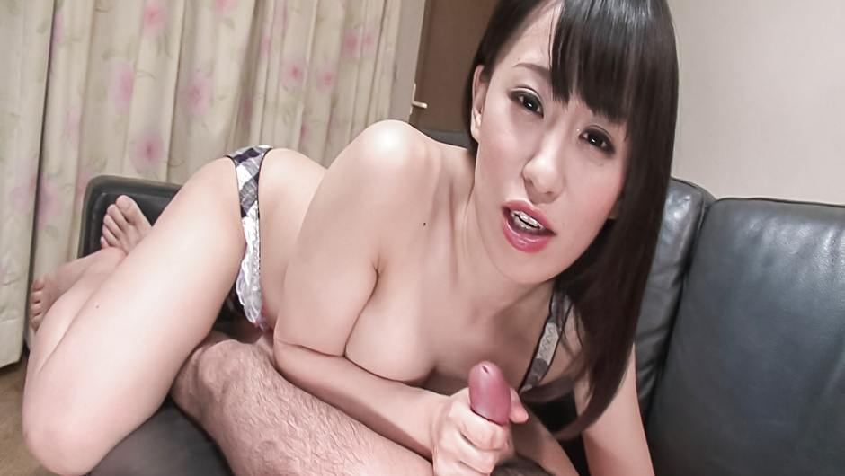 Yui Kyouno enjoying alluring asian blowjob
