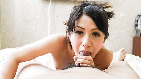 Sumire - Slim MILF Sumire wants to see him cum from an asian blow job - Picture 7