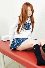 Sakamoto Hikari - 嬌小的Asian女生性交在醫學考試 - 圖片5