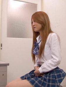 Sakamoto Hikari - Petite Asian Schoolgirl Fucked During Medical Exam - Screenshot 1