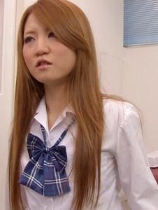 Sakamoto Hikari - Petite Asian Schoolgirl Fucked During Medical Exam - Screenshot 6