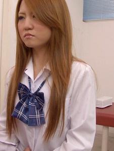 Sakamoto Hikari - Petite Asian Schoolgirl Fucked During Medical Exam - Screenshot 7
