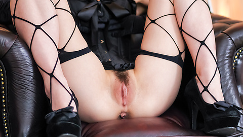 Nao - สวยเซ็กส์หิว Babe ในแหอวนและ squirting หีลูบไล้ด้วยความรัก -  1 รูปภาพ