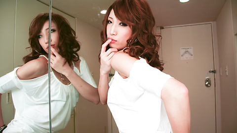 Aya Sakuraba - สวยงาม Babe Aya ให้ blowjob handjob และเหลวไหล -  9 รูปภาพ