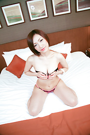Nene Iino - Lovely and horny Asian lady cock riding and cum sprayed - Picture 9